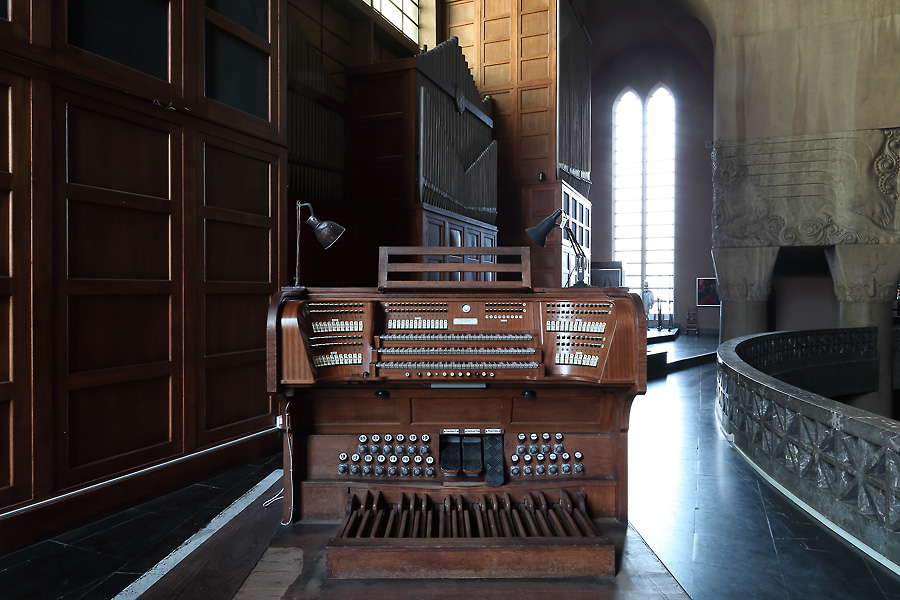 Console of the organ of the St.Laurentiuskerk, Antwerp